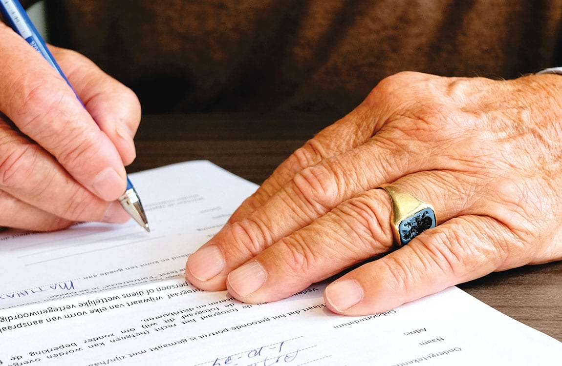 ¿Cómo un derecho de petición resuelve las solicitudes y peticiones a autoridades o entidades?